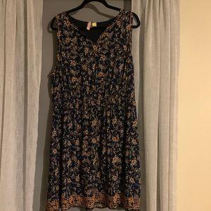 Market and Spruce Navy dress